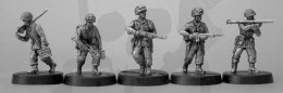 1944-45 US Airborne support, inc bazooka & browning LMG