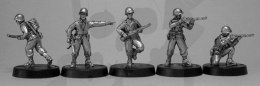 US Riflemen move/firing poses, inc NCO